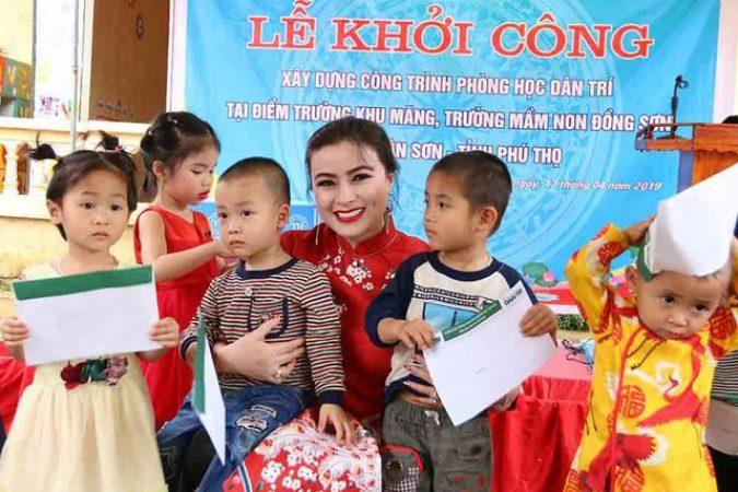 Hoa hậu Doanh nhân hoàn vũ 2019 đồng hành cùng Dân trí khởi công xây trường ở Phú Thọ