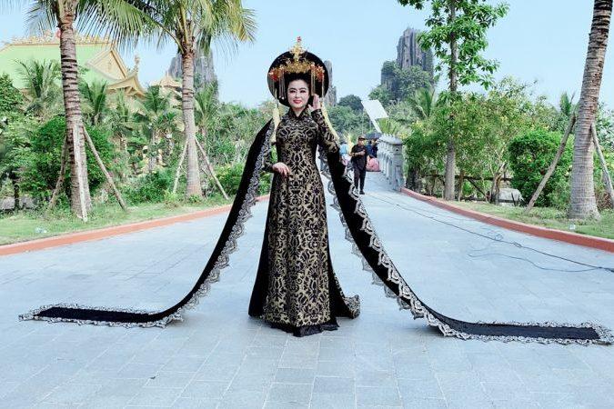 Hoa hậu Diệu Thúy dưới góc nhìn của Nghệ thuật Thứ bảy