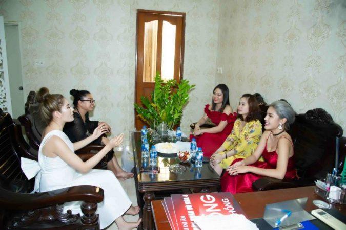 Các hoa hậu, á hậu đầu tư tiền tỷ vào dự án mới của HKT Entertaiment