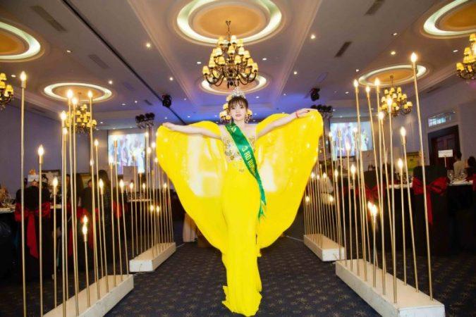 """Á hậu Ms World Community Business 2020 Yến Trần """"bung lụa"""" tại Dạ tiệc tri ân"""