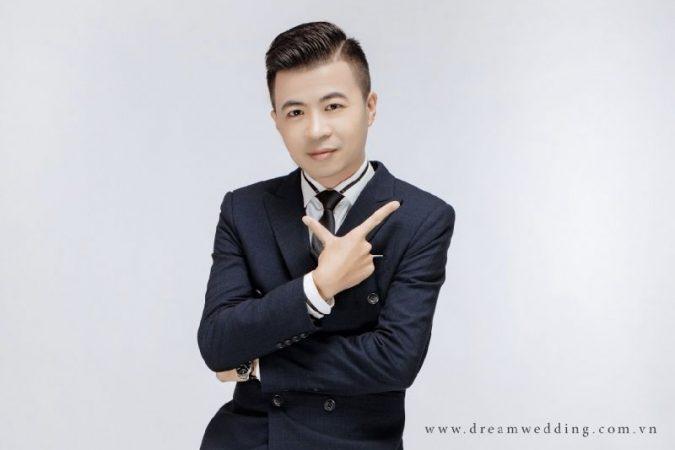 """Song ca cùng """"dàn sao"""", ca sĩ Trần Ngọc Lâm chuẩn bị ra album mới"""