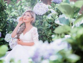 """Hoa hậu Kimmy Bùi """"đọ sắc cùng hoa"""" trong bộ ảnh mới tại Đà Lạt"""